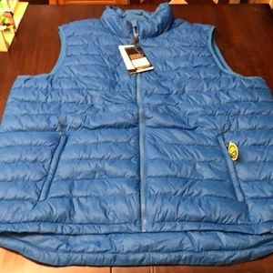 New Men's C9 Champion down vest. New !